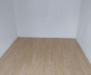 Location Appartement  pièce Fourmies (59610)